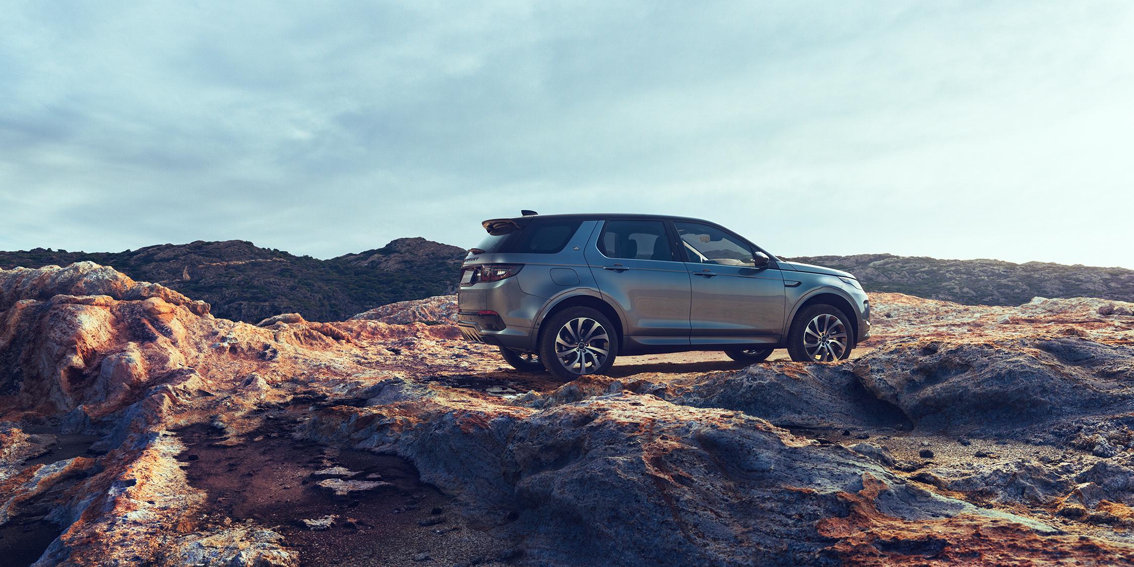 MichaelHanisch_Land-Rover_M5